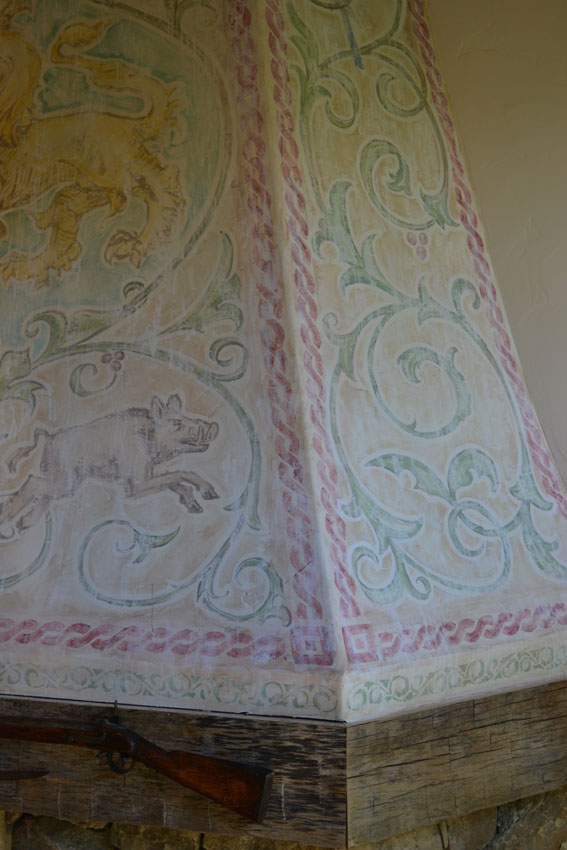 Aslan Fireplace Mural Border Detail